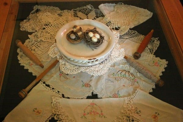 Gallery Table with Vintage Linens