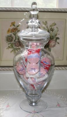Jar-wtih-cupcakes