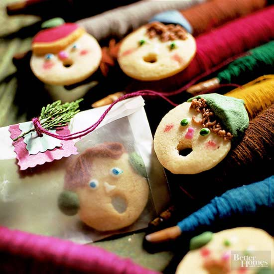 Cute Christmas Cookies - Sugar Cookie Carolers