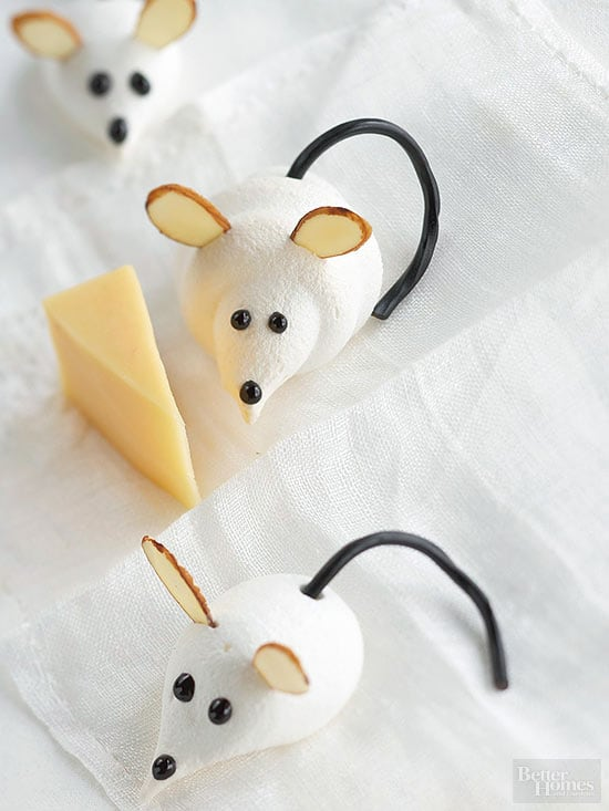 Cute Christmas Cookies ~ Meringue Mice