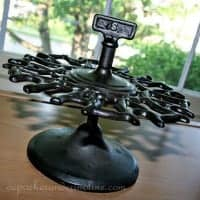 Vintage Cast Iron Stamp Holder c
