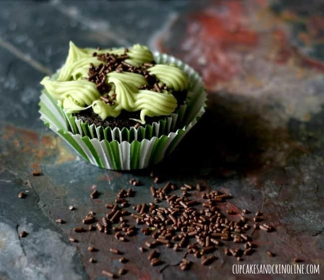 Chocolate Avocado {Vegan} Cupcakes with Avocado Buttercream Frosting