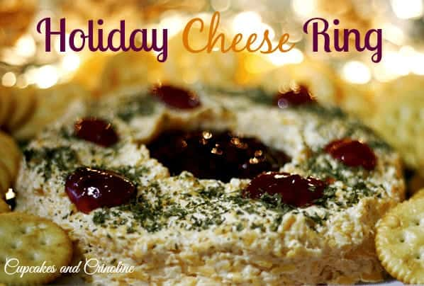 Holiday Cheese RingThe perfect combination of flavors ~ cheesy sweetness #KraftHolidaySavings