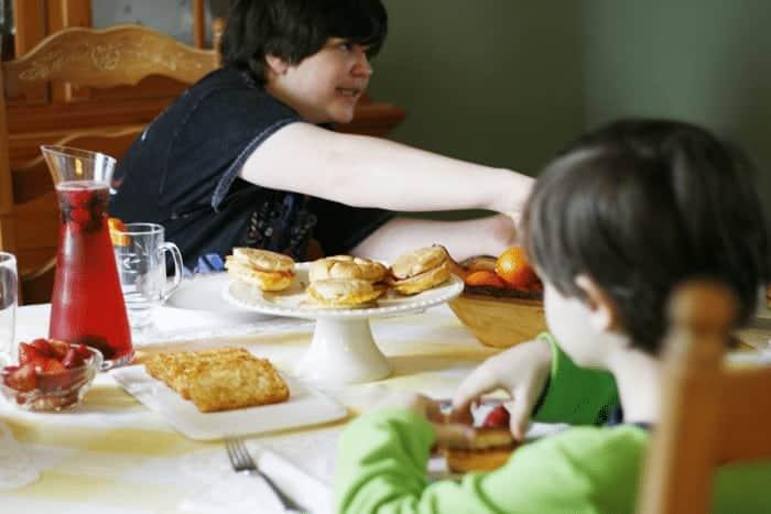 Family Breakfast #RedboxBreakfast #PMedia #ad