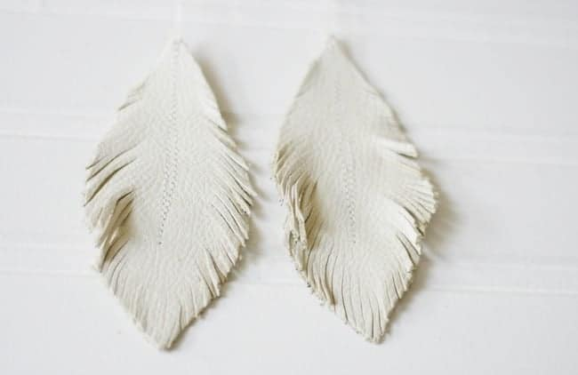 Feather Earrings_Leather 8