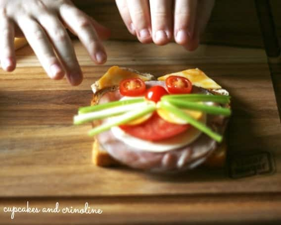 #DeliFreshBold #spon Cat-sandwich