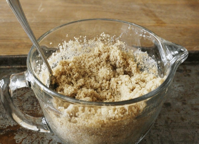 The 20-Second Tip to Soften Brown Sugar from cupcakesandcrinoline.com