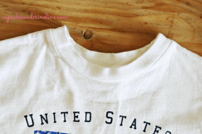 T-shirt-tote-bag-for-kids at cupcakesandcrinoline.com neckline-marked