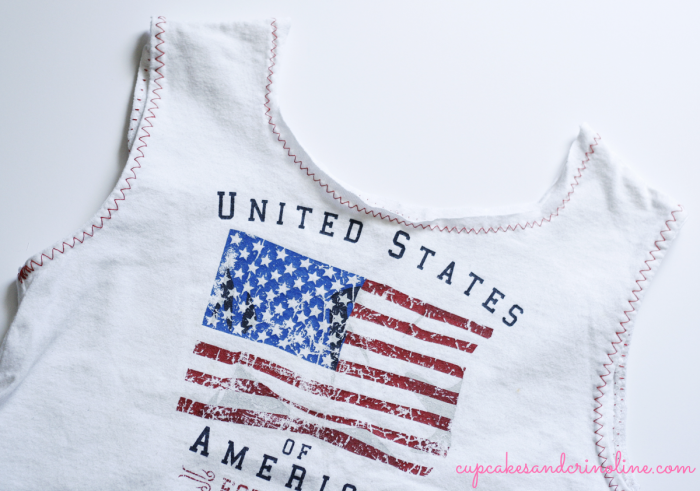 T-shirt-tote-bag-for-kids at cupcakesandcrinoline.com with-edging