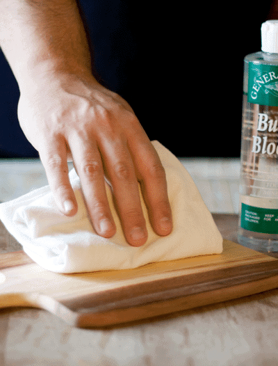 How to Oil and Maintain a Cutting Board