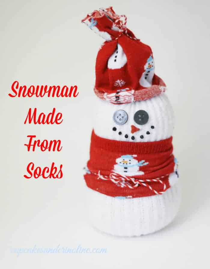 How to Make a Snowman From Socks at cupcakesandcrinoline.com