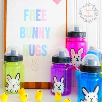 Hand Painted Bunny Bottles and an Easter Printable