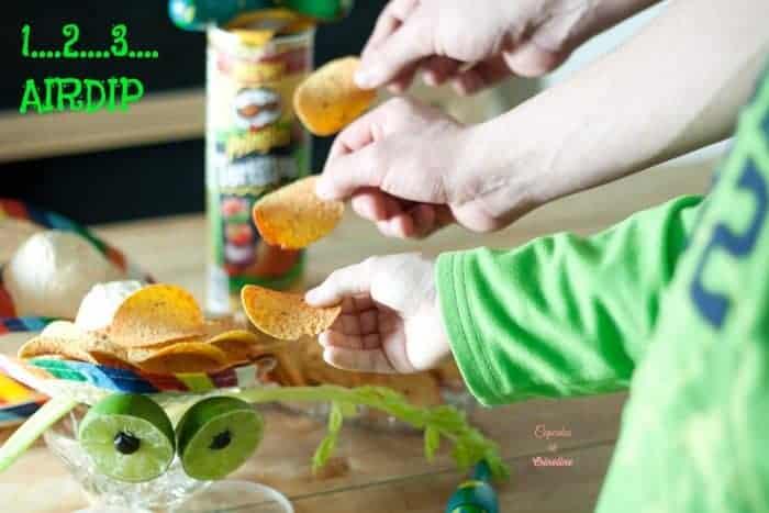 Air Dip with Pringles® Tortillas Zesty Salsa crisps AD #PringlesAirDip cupcakesandcrinoline.com