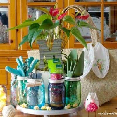 Mason Jar Gardening Gifts for Mom