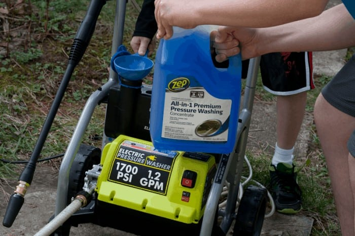 Zep All-In-1 Premium Pressure Washing Concentrate #ZepSocialstars #ad