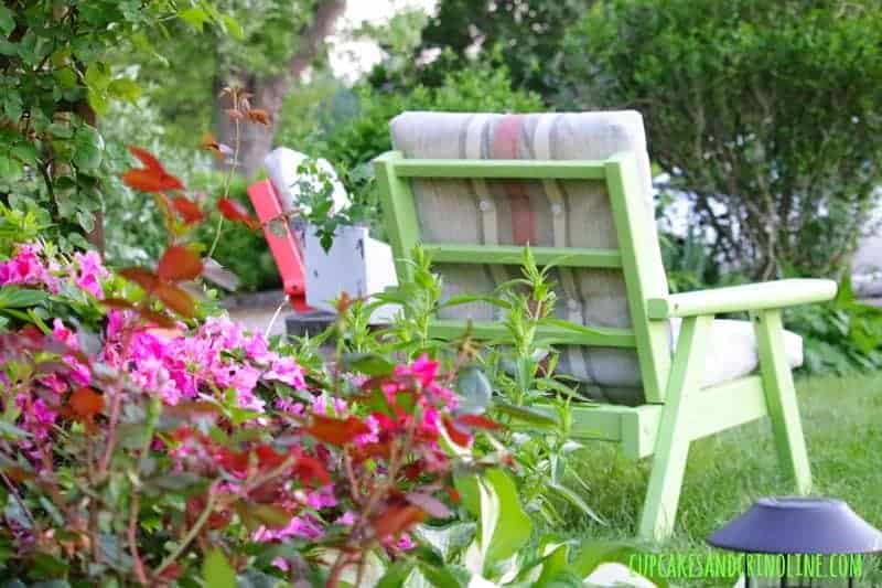 The Secret to Creating a Cozy and Charming Outdoor Space ~ vintage wooden chairs ~ cupcakesandcrinoline.com