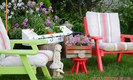 Yard Sale Lawn Chair Makeover with Spray Paint