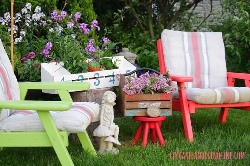 The Secret to Creating a Cozy and Charming Outdoor Space ~ vintage wooden chairs, flower box, french lilacs, rustic wooden box ~ cupcakesandcrinoline.com