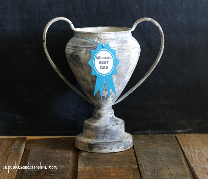 World's Best Dad Trophy at cupcakesandcrinoline.com