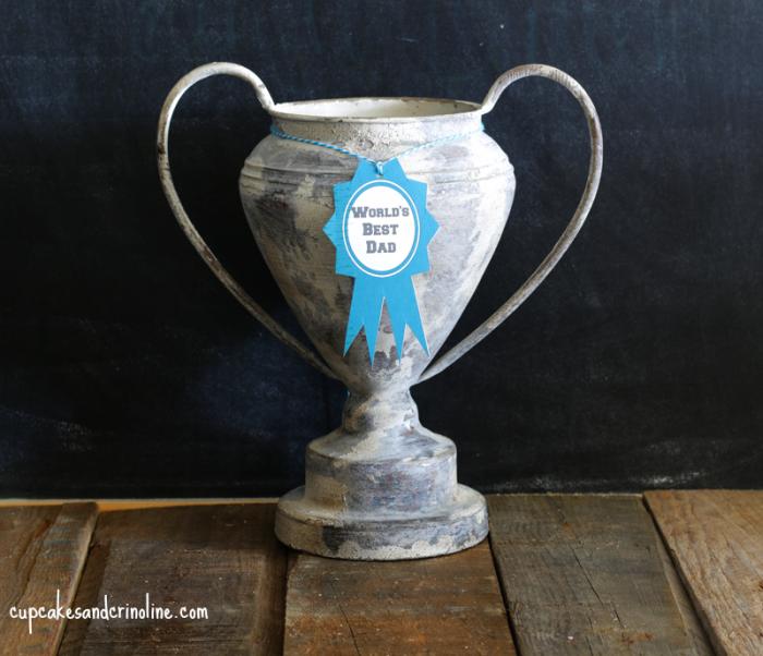 World's Best Dad Trophy at cupcakesandcrinoline.com