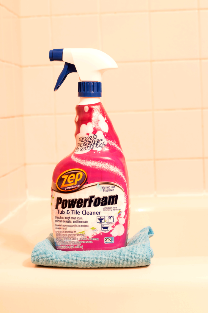 Zep PowerFoam Tub & Tile Cleaner cupcakesandcrinoline.com
