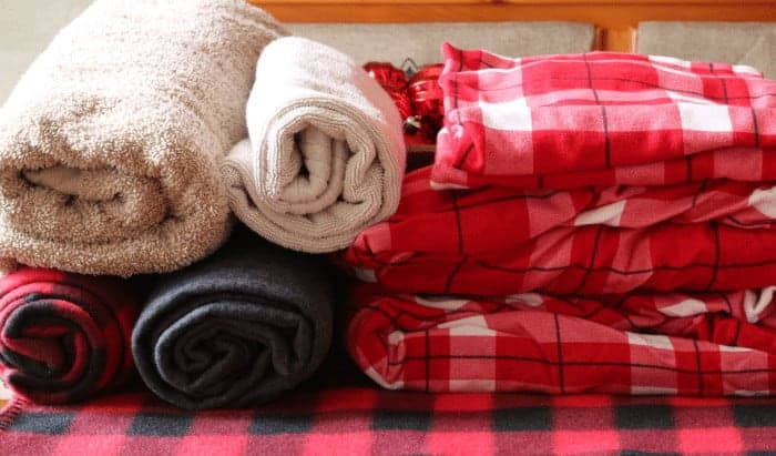 Towels, throws and sheets