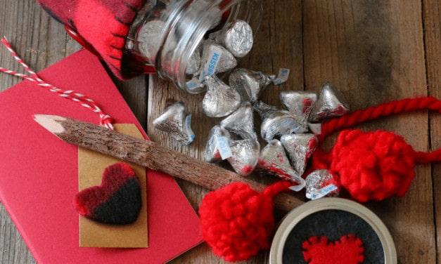 Mason Jar Valentine's Day Treat Jar
