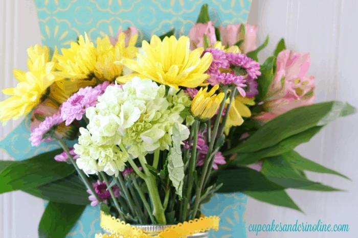Fresh Flowers - Mother's Day 2016 cupcakesandcrinoline.com