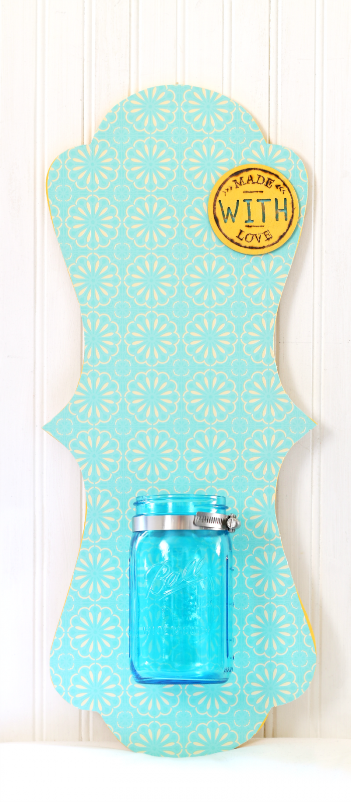 Mason Jar Wall Hanging without flowers