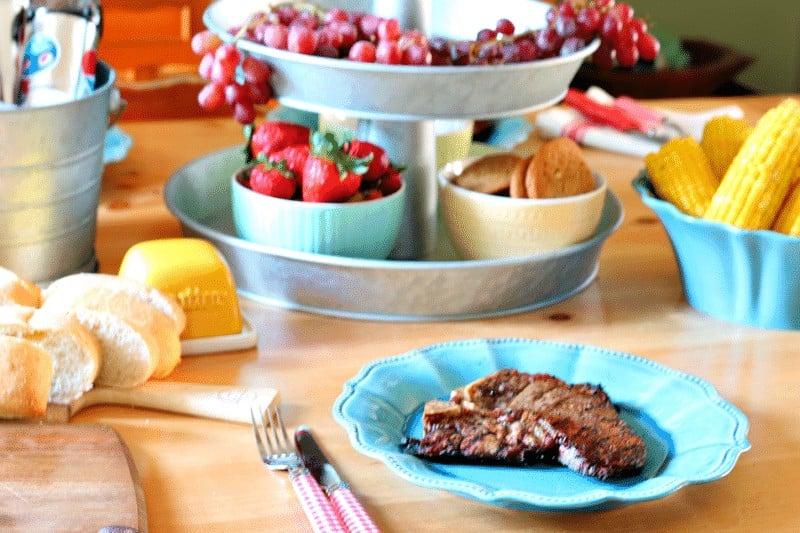 #SummerOfGrilling Indoor style at cupcakesandcrinoline.com
