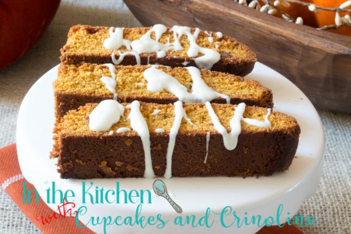14-pumpkin-biscotti-on-plate-in-the-kitchen-with-cupcakesandcrinoline-com