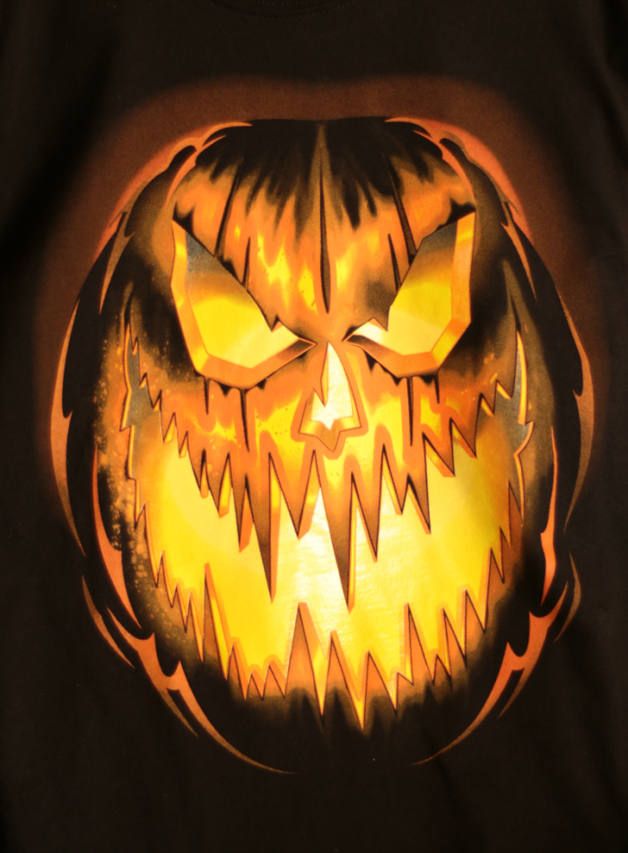 glow-in-the-dark-t-shirt-tote-bag-for-halloween-www-cupcakesandcrinoline-com