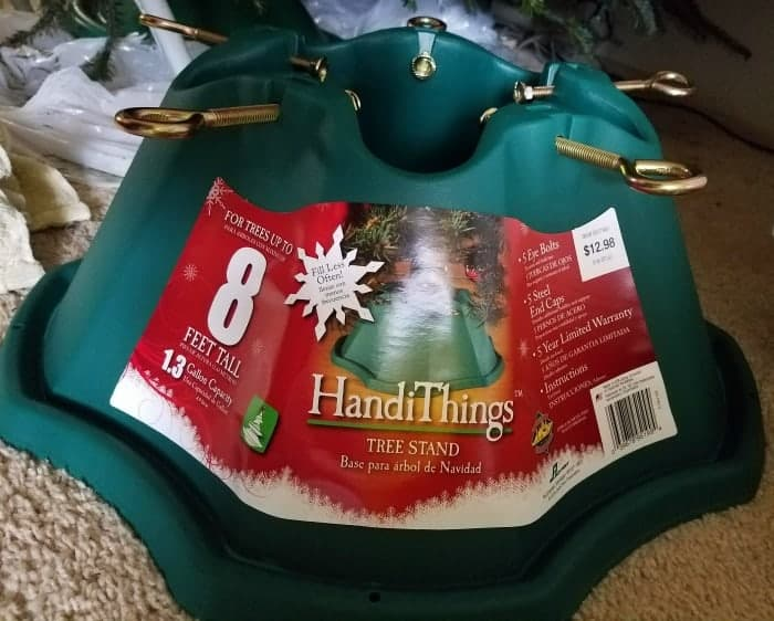handithings-tree-stand-review-at-www-cupcakesandcrinoline-com