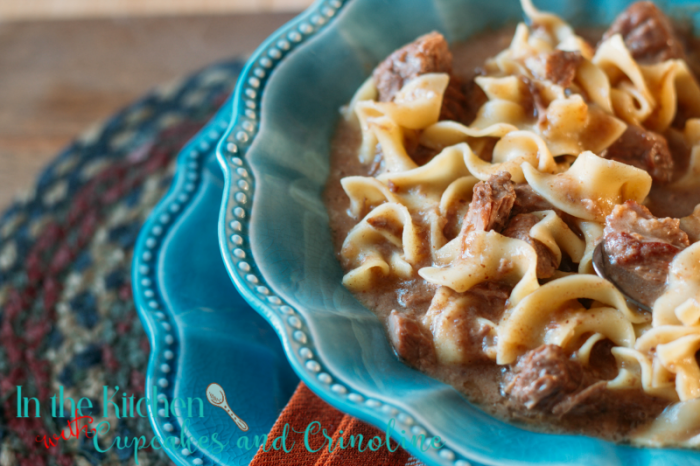 Slow cooker steak soup with noodles