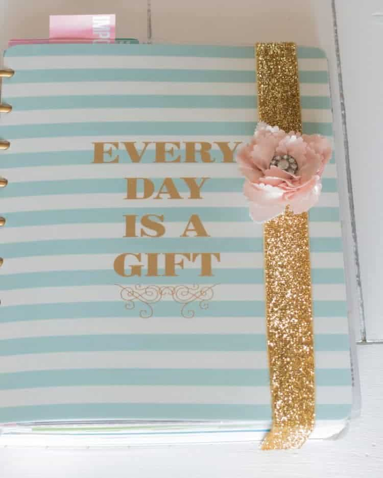 Tame your planner with a decorative band