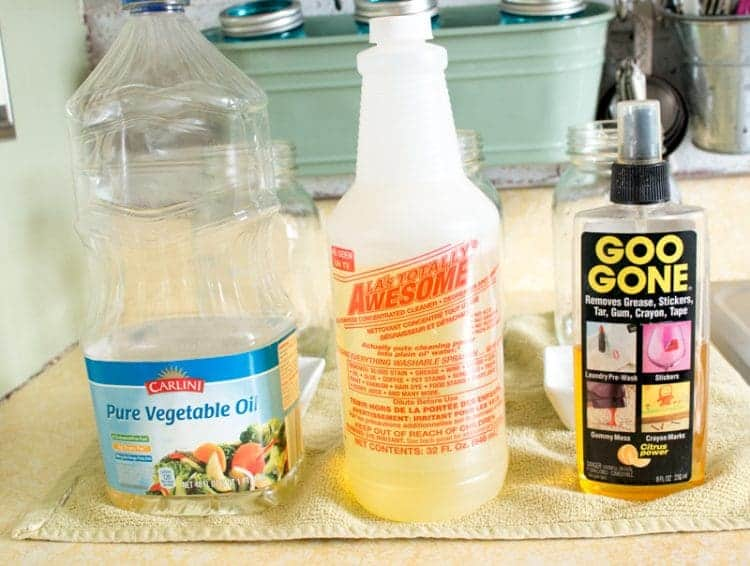 Three different methods for removing labels from glass jars - which one does the best job?