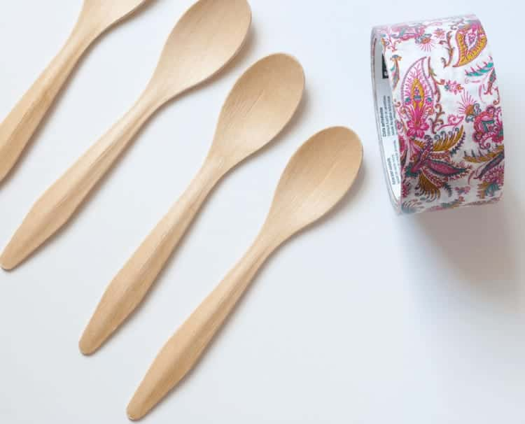 5 Minute Craft - Easily create customized cutlery for entertaining. Start with these pretty wooden spoons and you won't be able to stop yourself. You'll be creating pretty utensils for every casual get together you have. The possibilities are endless.