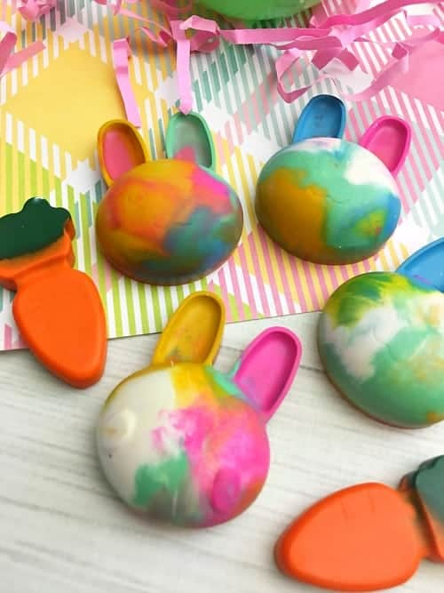 Cute and Colorful DIY Bunny Crayons out of a mold