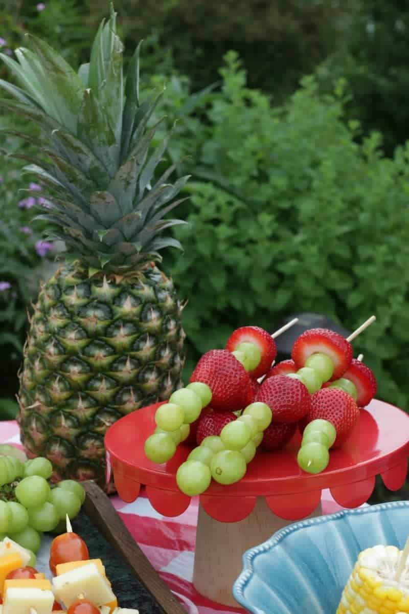 Fresh fruit shish kabobs