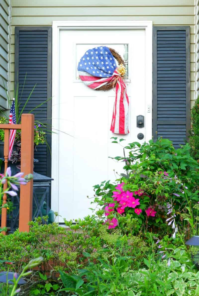 Old Glory Patriotic Wreath DIY - Let me show you how to make this easy and patriotic wreath in less than 5 minutes!