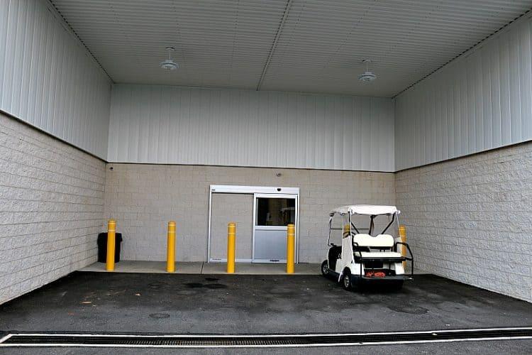 Large covered loading dock #GuardianStorage Home Remodel