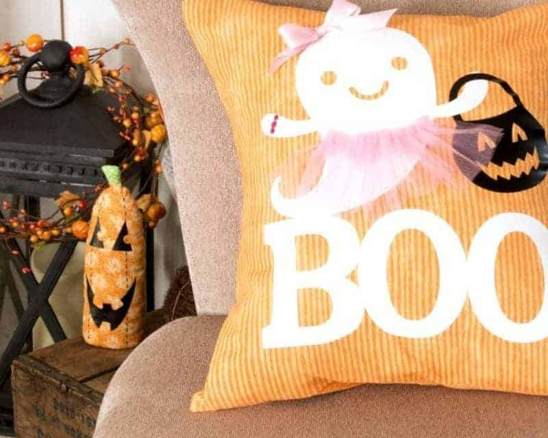 How-To Make an Adorable Boo-Lerina Halloween Pillow