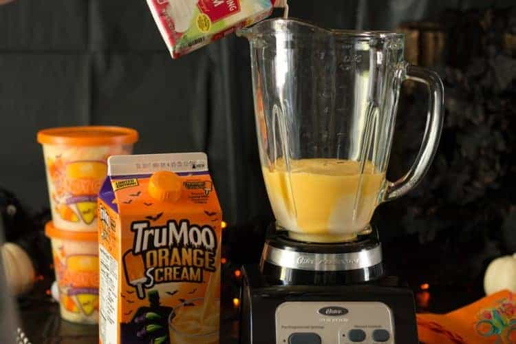 Add heavy whipping cream to blender