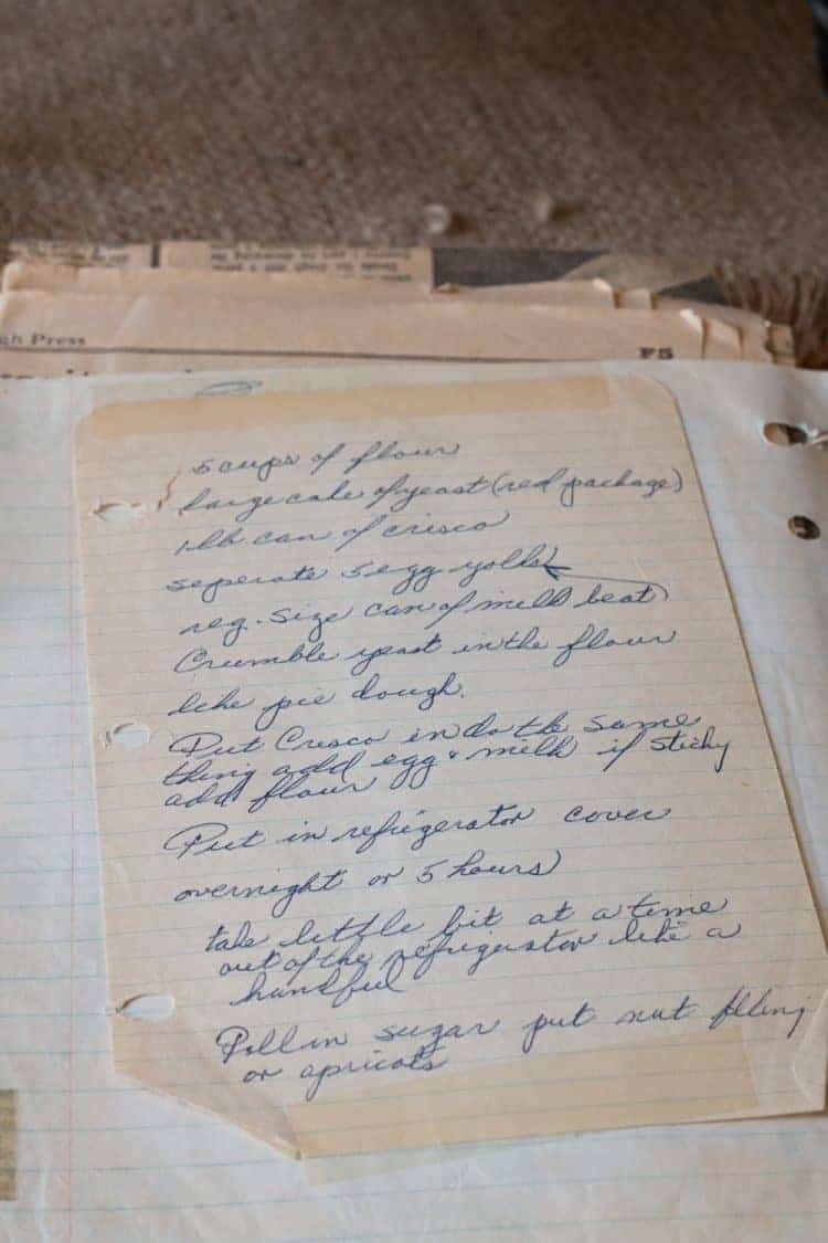 How-To Make a Family Cookbook - Preserve Family Memories