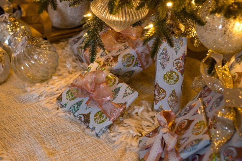 How to Decorate a French Country Christmas Tree with beautiful ornaments, gorgeous ribbon, and a fringed oh so French tree skirt.