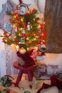 How to Make Your Very Own Mom Tree
