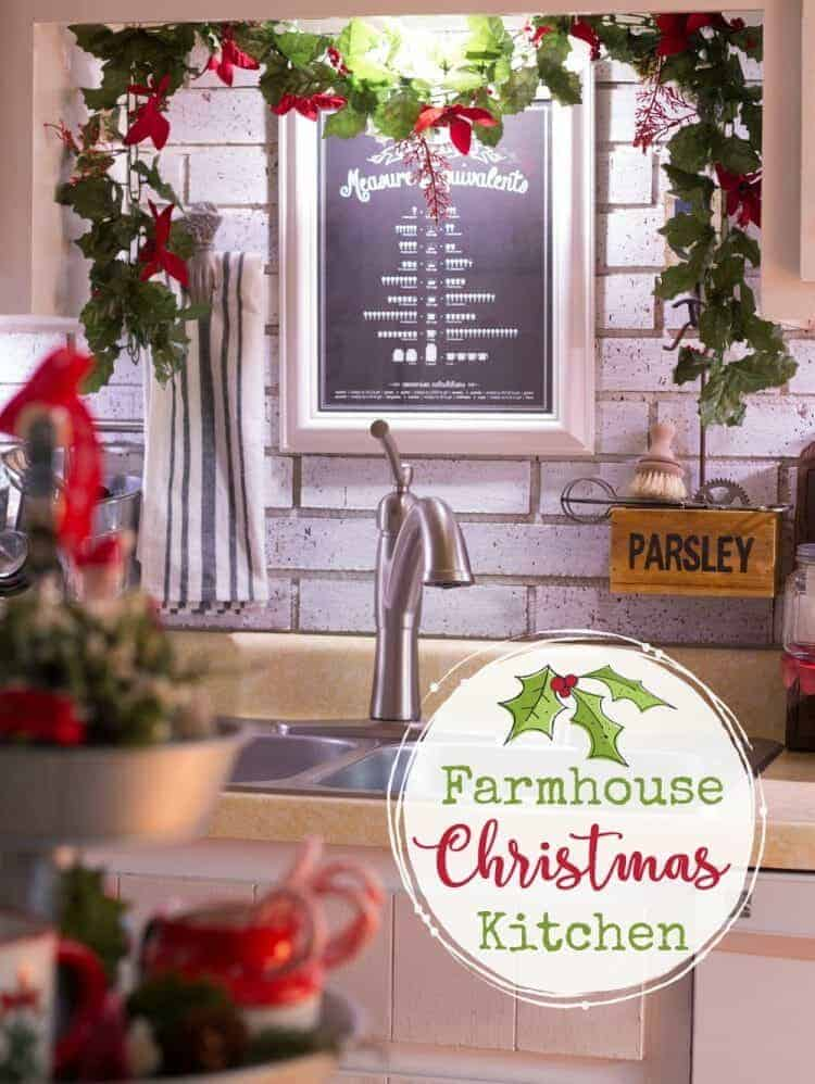 How I Decorate My Kitchen For Christmas