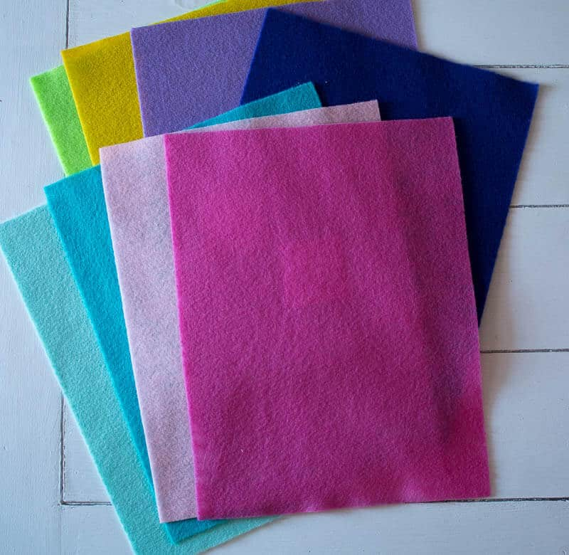 8 pieces of colorful felt