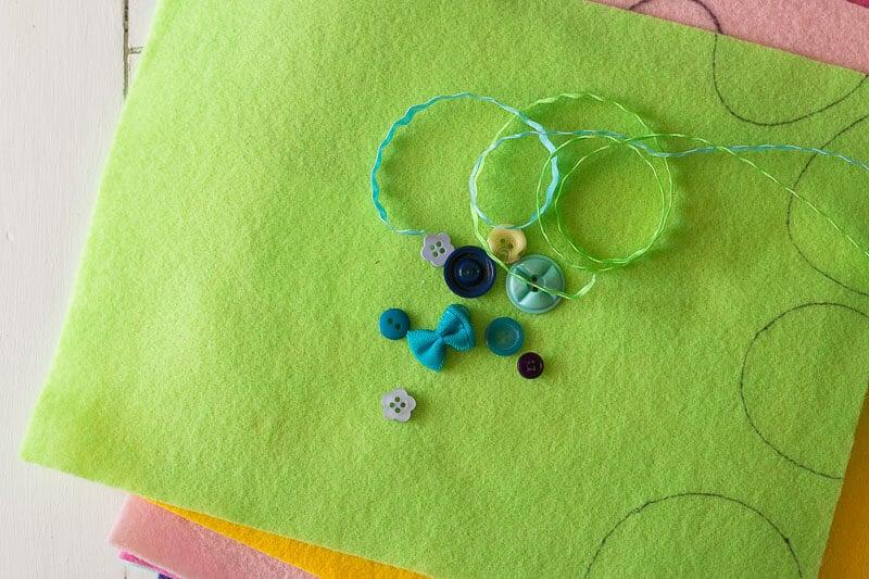 colorful felt topped with ricrac and buttons