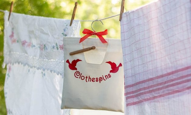 Easy Clothespin Bag DIY
